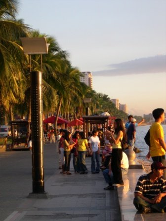 Baywalk in Manila