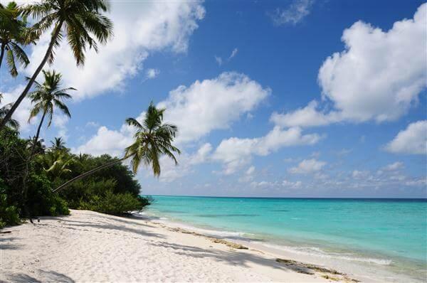 Sandstrand Kuramathi - Malediven