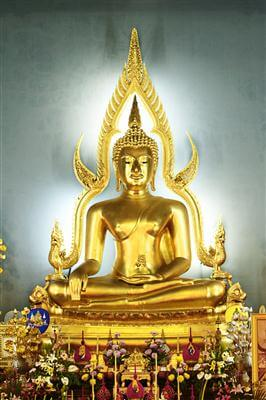 Phra Buddha Chinnarat im Tempel Wat Benchamabophit