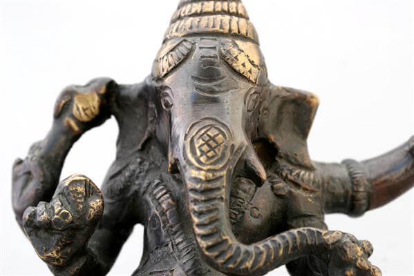 Elefantenschrein - Indonesien