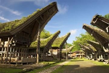Häuser in Schiffsform - Indonesien