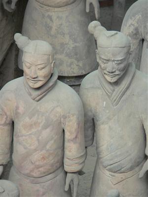 Zwei Krieger der Terrakotta Armee - China