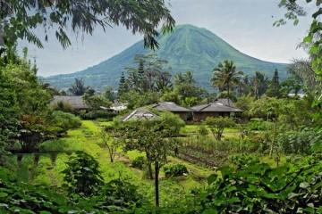 Vulkan Lokon - Indonesien