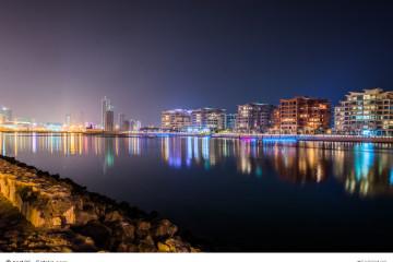 Manama bei Nacht