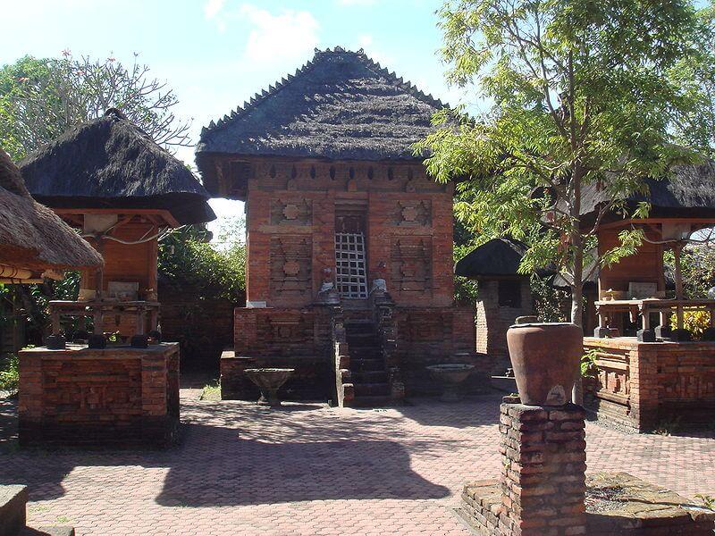 Pura Maospahit in Denpasar