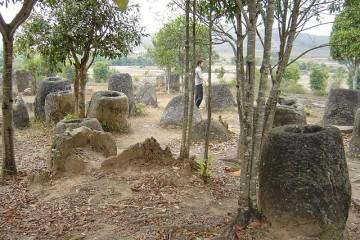Thong Hay Hin - Ebene der Tonkrüge