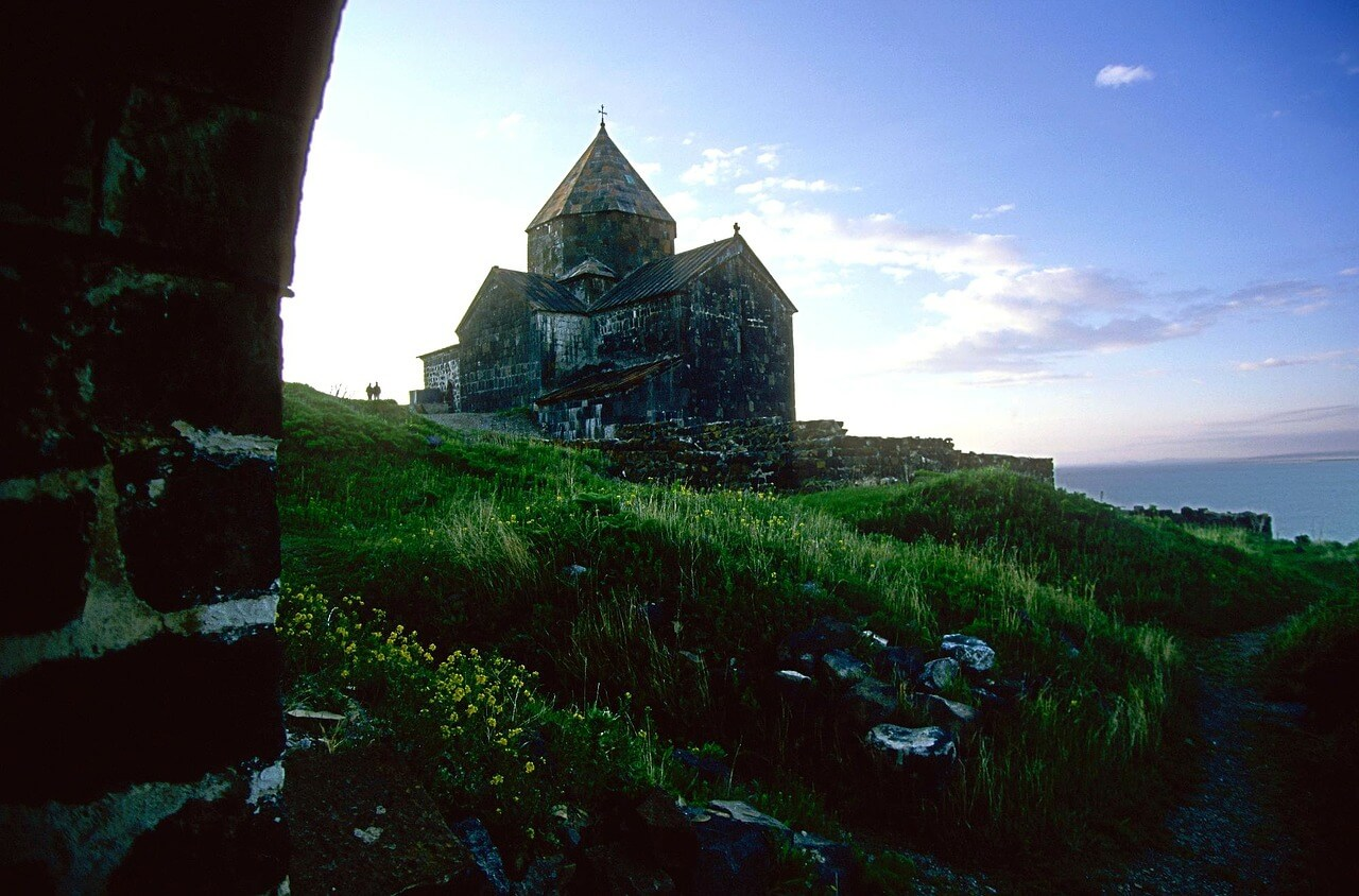 Christliche Bergkirche in Armenien