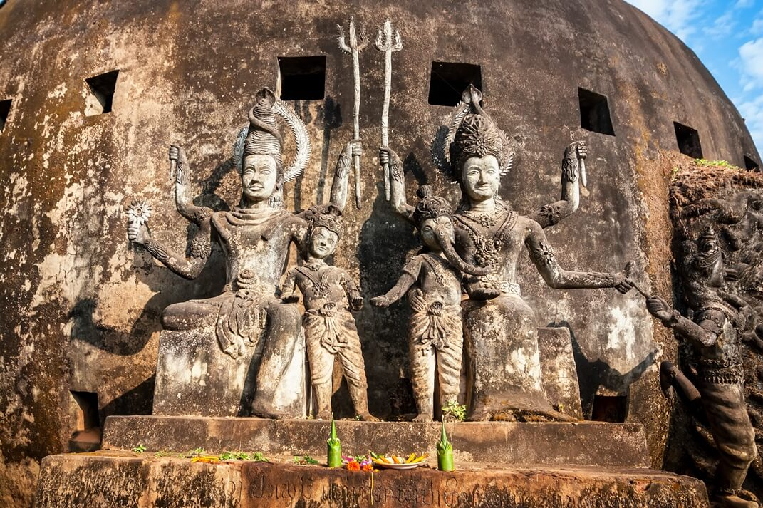 Der Buddha Park Xieng Khouang bei Vientiane