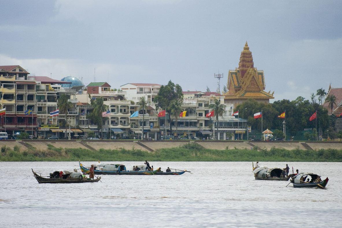 Der Mekong (hier mit Sicht auf Phnom Penh)